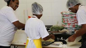 Gastronomia Periférica inaugura cozinha acadêmica