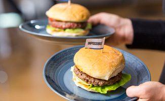 Impossible Foods lança hamburger vegano 2.0